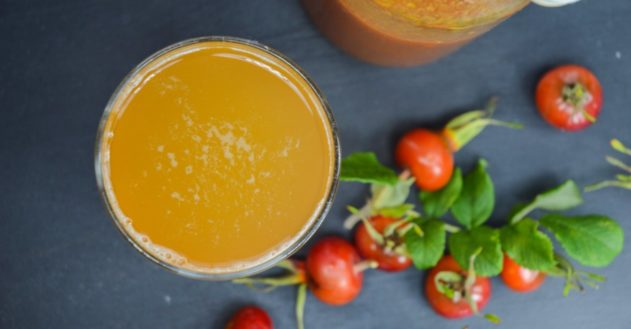 Vitaminrig hjemmelavet hyben saft
