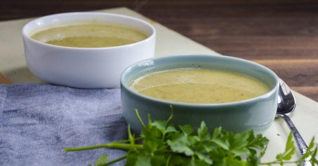 Squash- og persillesuppe med bone-broth