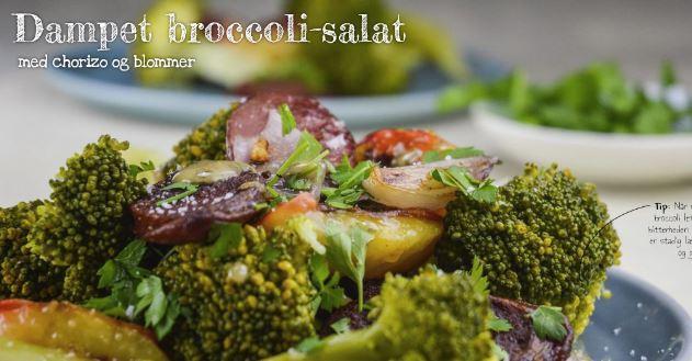 Dampet broccoli-salat med chorizo og blommer